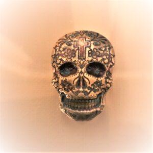 Monrach Cross 2oz 1 300x300 - 2oz Monarch Hand Poured Cross Silver Skull